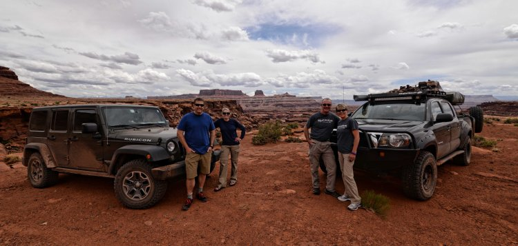 The Moxleys and the Dragoos during a stop on the White Rim Road
